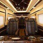Limousine 9 Seats
