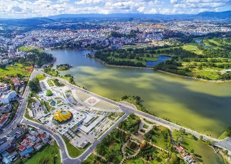 Nha Trang to Dalat by private car