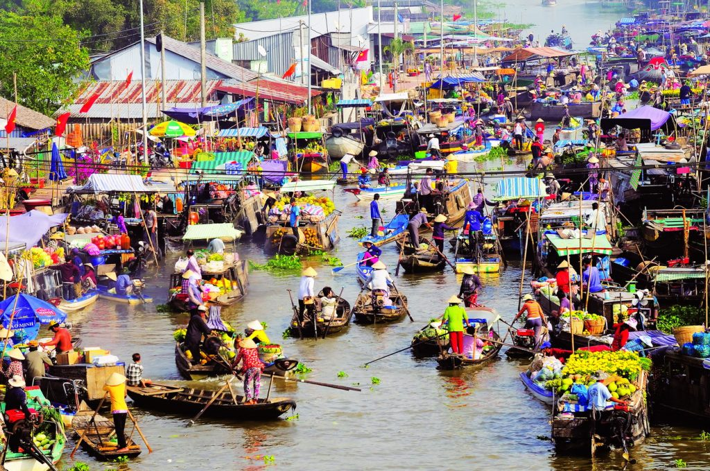 Cai Rang Floating Market – Saigon to Can Tho by private car